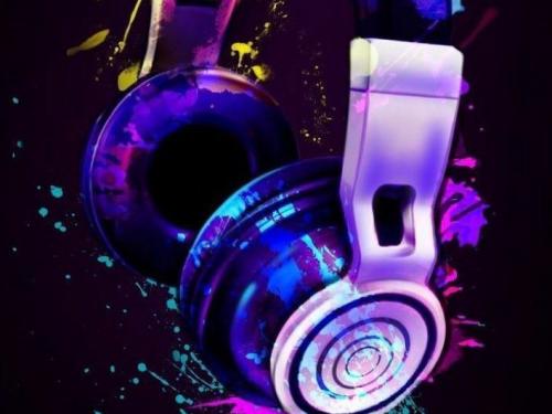 Musica 8D: un nuovo modo per ascoltare le canzoni
